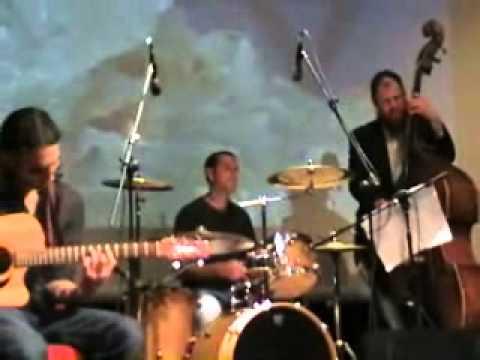 שיר המעלות- אביחי פז גרינוולד מופע יום הזיכרון