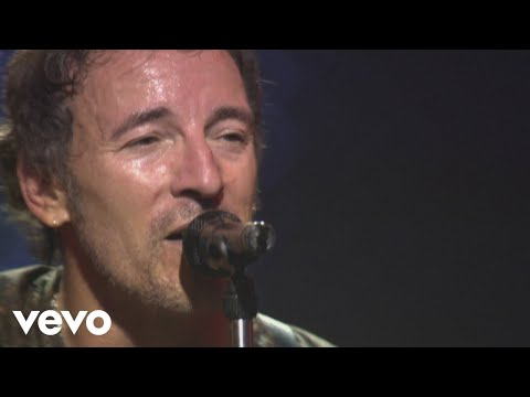 Bruce Springsteen & The E Street Band - Dancing in the Dark (Live In Barcelona)
