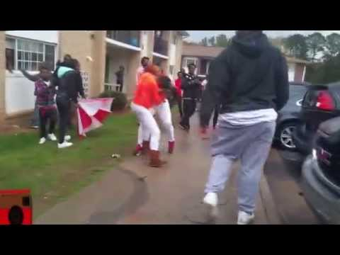 black hoes fighting