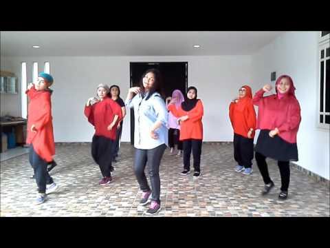 LINE DANCE TDS ( TAMAN DUREN SAWIT ) OH CAROLL NEGERI BATAM SWAY