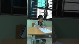Vlog 1 - The teacher checks the homework of Van Chung, you read very well