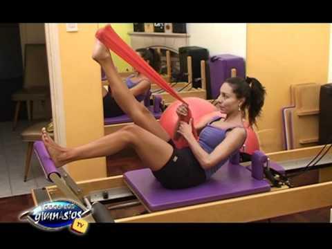 pilates-reformer-con-bandas-elasticas---ejercicio-trepando-el-arbol---prof.-erika-fehler