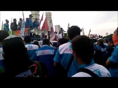 Orasi Srikandi SPN Banten (aksi UNRAS 27102016)