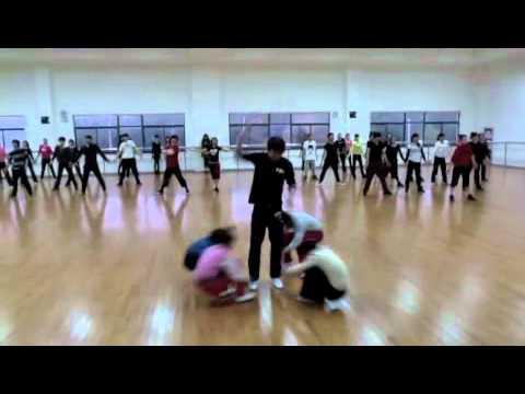 Mic Thompson Choreography for the cast at WORLD JOYLAND CHINA:)
