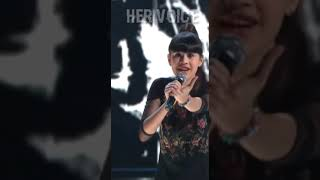 Young girl singing  🎶 unbelievable audition 🎶 indila derniere dance 🎶 whatsapp status