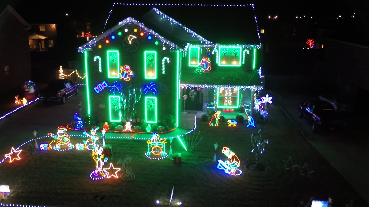 A Drone Before Christmas - Alabama\'s Christmas Lights 2015 - YouTube