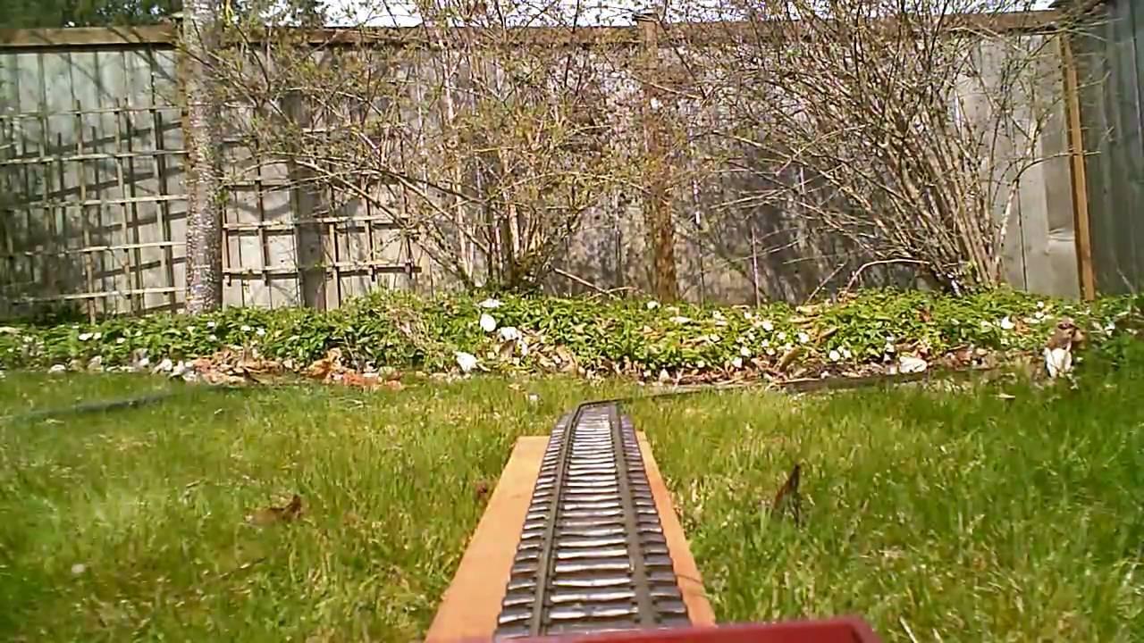 Trein in de tuin 2 youtube - Outs zwembad in de tuin ...