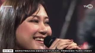 Cokelat Feat Aiu Ratna - Anak Garuda(Live)