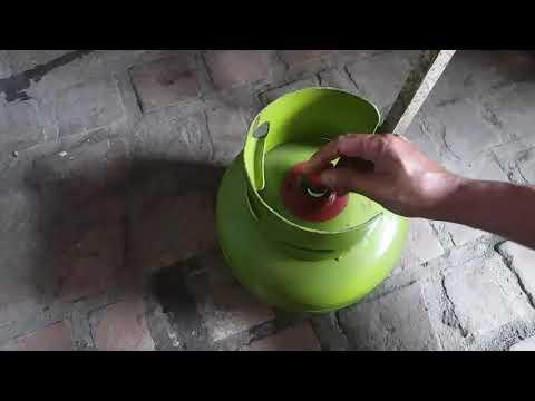 Tabung Gas Bocor Mendesis