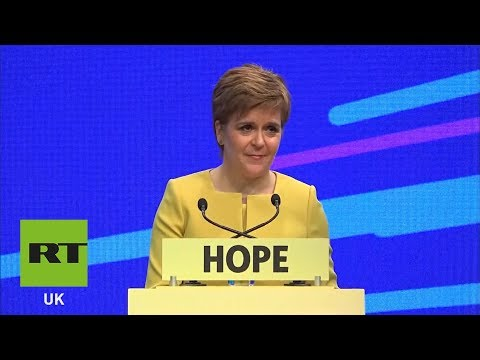 "Nicola Sturgeon: ""I don't trust Theresa May OR Jeremy Corbyn"""