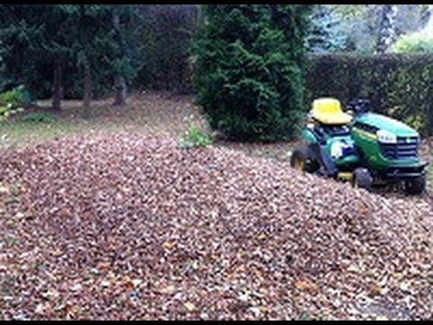 Mulching Leaves With The John Deere D110