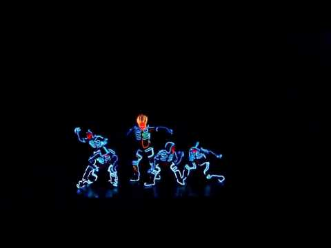 самый лучший танец под Dubstep . Победители конкурса танцев. световое шоу.