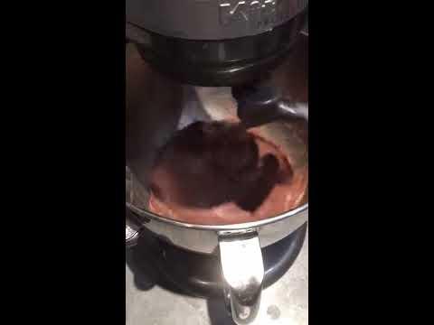 Pains cacao, incorporation des pépites en fin de pétrie