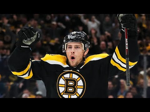Charlie Coyle plays the hero for Bruins in Game 1
