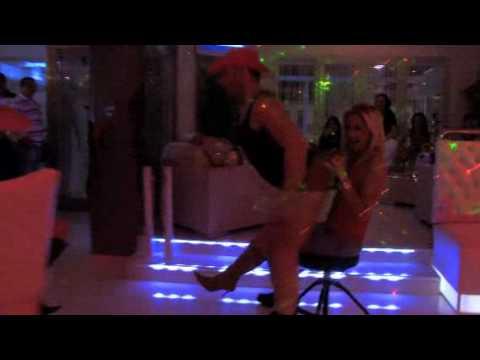 Ladies Night at The Smile Lounge Bar In Fuengirola, Spain