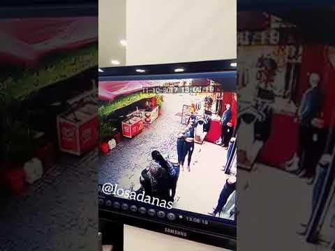 Adana'da Tekme Tokatlı Kız Kavgası | Çakmak Plaza Arkası