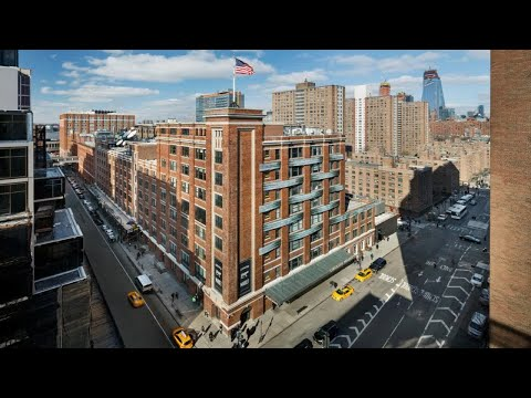Google buys Chelsea Market for $2.4 billion