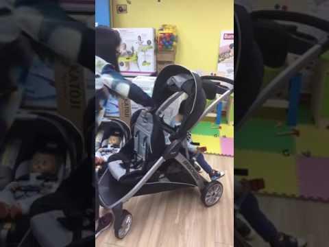 CO#0023 Chicco Bravo For 2 Double Stroller 雙人BB車/孖B車 - YouTube