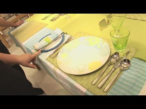 how to arrange a table - youtube