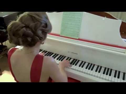 Olenna G | Classical Pianist| Dubai # 1 ent. booking agency | 33 Music Group | Scott Sorensen