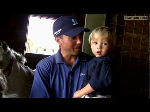PGA TOUR's Matt Kuchar Shares Life at Home
