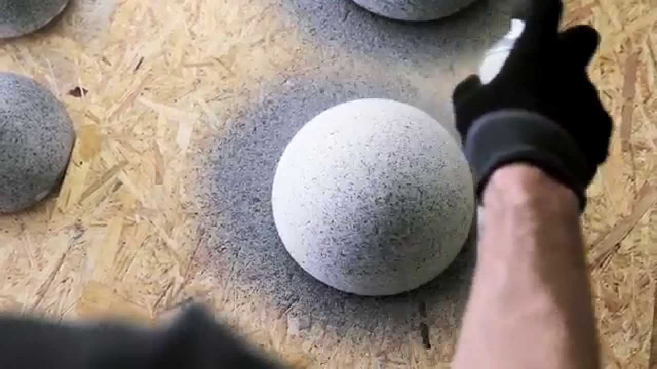 Montana granit spray paint youtube for Spray paint rocks for garden