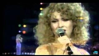 Bernadette Peters - Thank You For Being A Friend (1979 Concert)