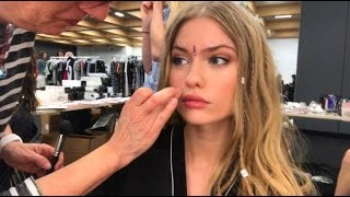 LIFE OF A MODEL: BACKSTAGE AT A FASHION SHOW IN ITALY