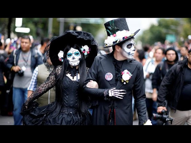 Skeletons run amok warming up for Mexico's 'Day of the Dead'