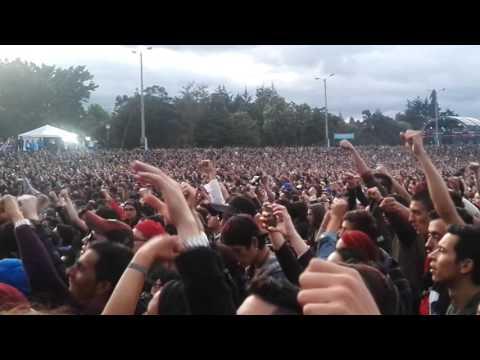 panteon rococo  (EN VIVO) acabame de matar-estrella roja - rock al parque 2017