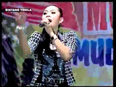 Ratna Antika ~ RUMANGSAMU PENAK New BINTANG YENILA Live in Mojowarno Kaliori Rembang 2015