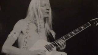 Watch Johnny Winter Mad Blues video