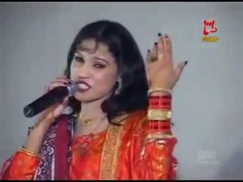 Hikro Manhoo Aa   هڪڙو ماڻهو آ موتيءَ داڻو آ   Farzana Parveen   Sindhi Songs HD   Sindh World Songs