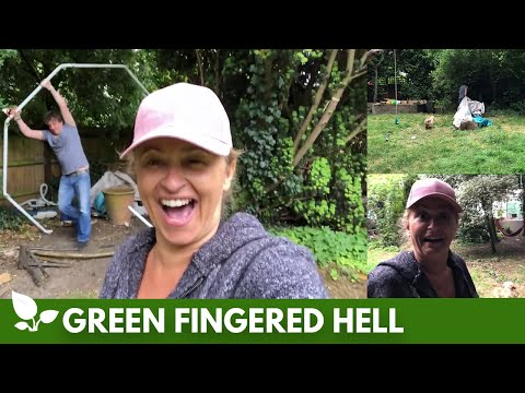 Green Fingered Hell #24  - The Water Feature We Never Wanted (AKA Cesspit Corner)