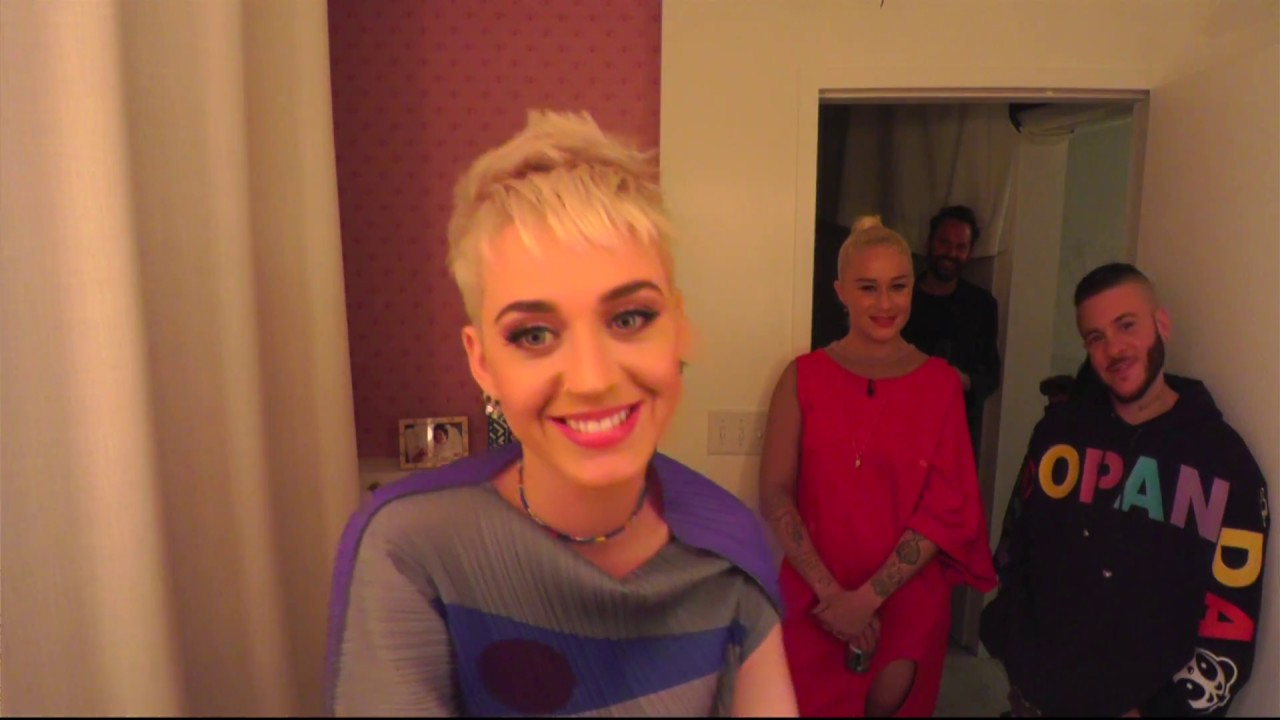Katy Perry - Witness World Wide Live Stream Reveal