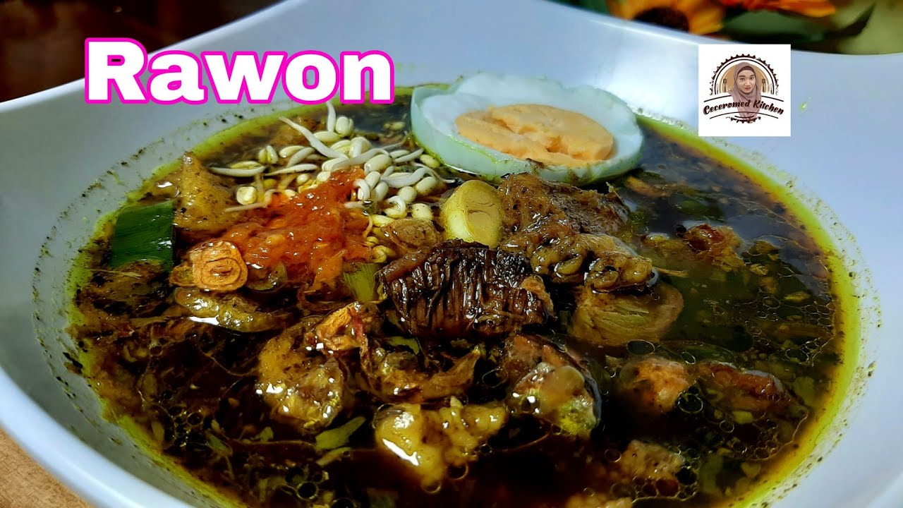 rawon sebenarnya berupa hidangan berbahan dasar daging sapi dan berkuah hitam, yang biasanya dimakan bersama dengan nasi putih, sambal terasi atau sambal bajak, dan pelengkap lainnya yaitu telur asin, taburan tauge pendek dan bawang goreng, serta kerupuk udang maupun emping. Resep Rawon Autentik Surabaya Rawon Resep Nenek Youtube