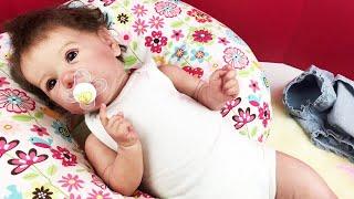 Обложка на видео о Reborn Saskia Doll Changing Video