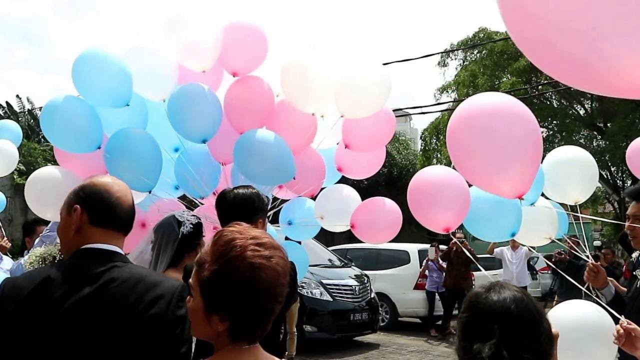 Wedding Balloon Release - YouTube