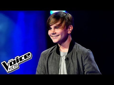 "Maks Więckowski – ""Love Yourself"" – Blind Audition – The Voice Kids Poland"