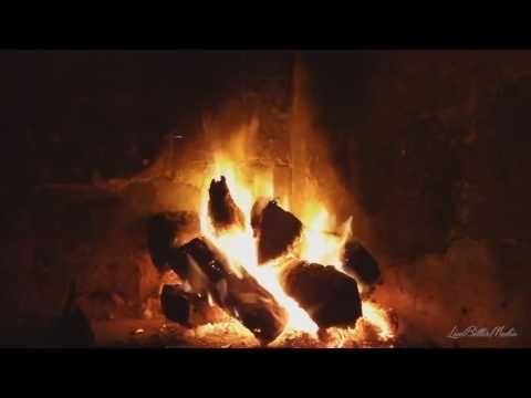 Ontspannende muziek met geluid knapperend vuur op Bonfire Bonfire haard