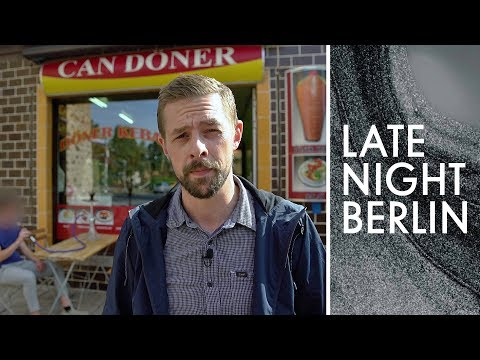 Berliner Großfamilien: Klaas im sozialen Brennpunkt | Late Night Berlin | ProSieben