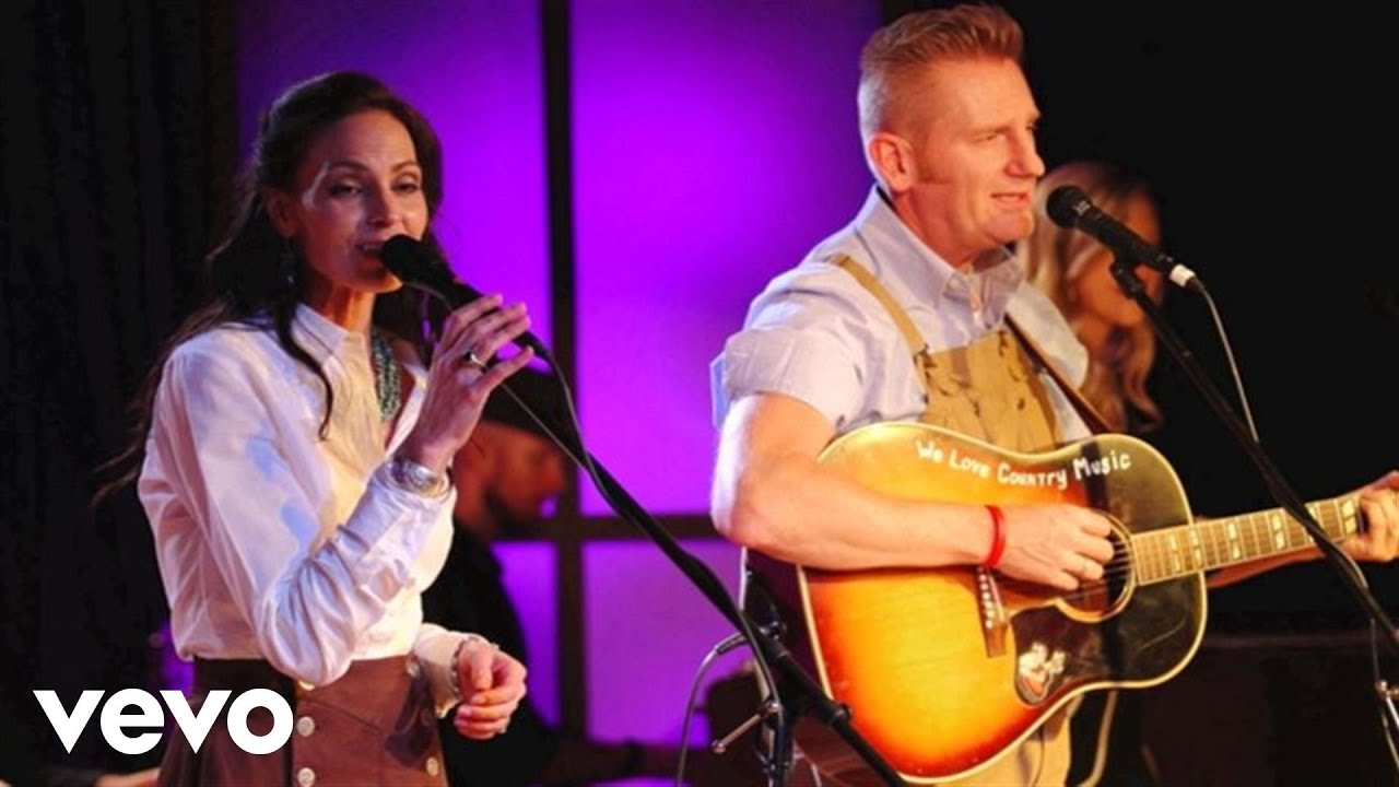 Joey+Rory   The Old Rugged Cross (Live)