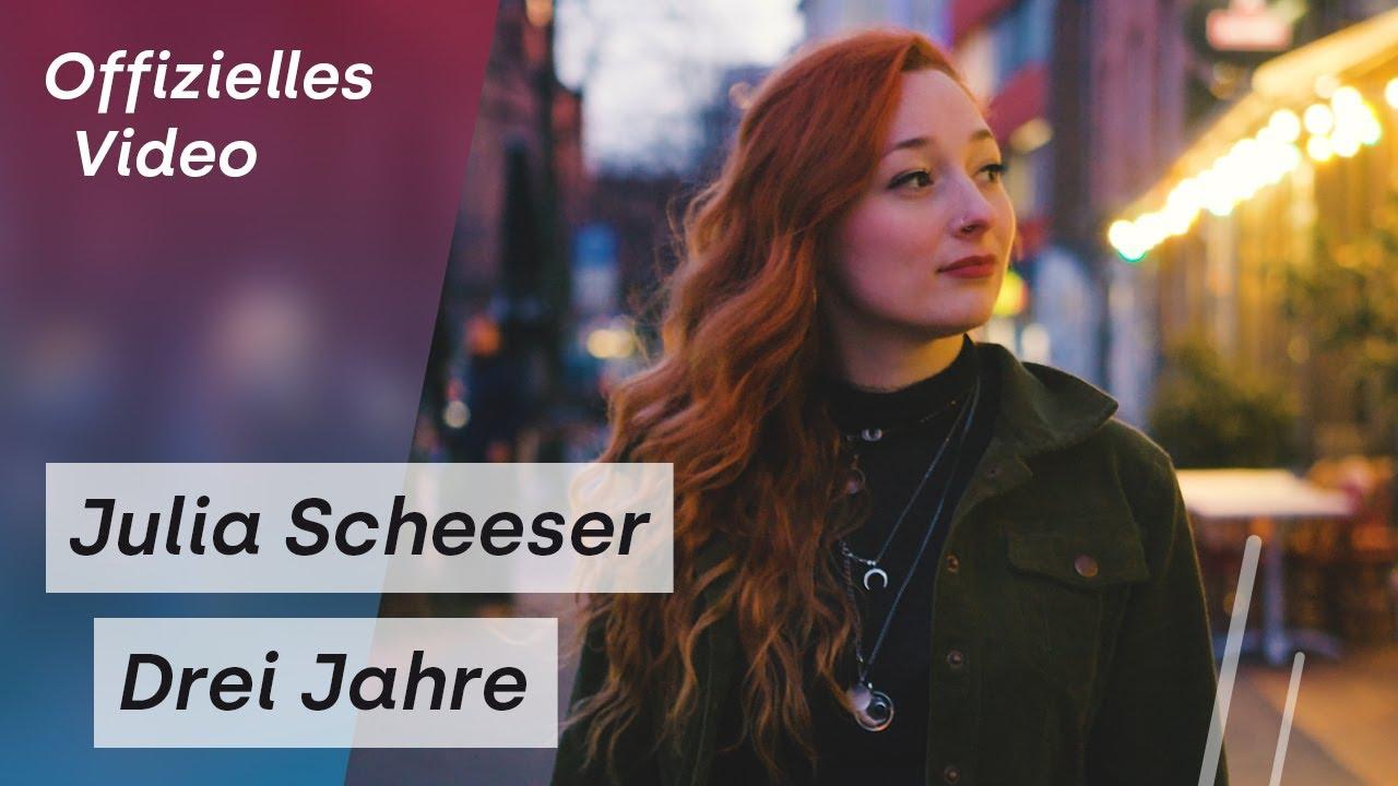 Julia Scheeser