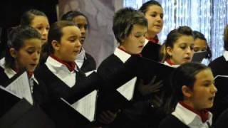 "Coro di Voci Bianche ARTEMUSICA - ""This little Babe"" (B. Britten)"