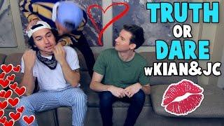 KIAN & JC KISS ON CAMERA