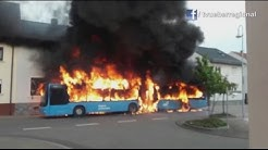 Sankt-Leon-Rot: Linienbus geht in Flammen auf. Feuer greift auf Wohnhaus über