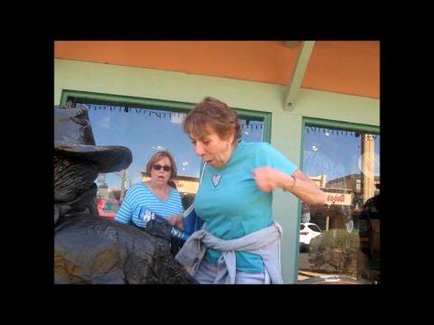 Bronze Cowboy living statue causing laughter