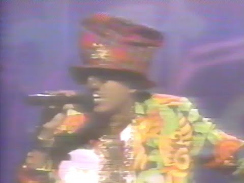Digital Underground - Kiss You Back/No Nose Job - Showtime at The Apollo