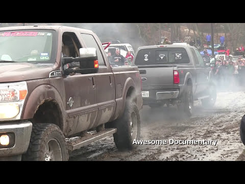 DODGE RAM DIESEL PULL TRUCK BENDS IN HALF | Doovi