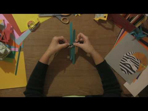 Paper Craft Projects : How to Make a Star Out of Paper